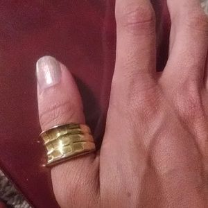 1980s Gold Thumb Ring